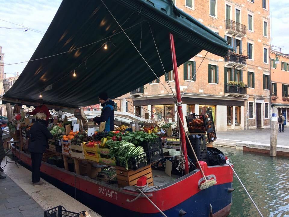 Venezianischer markt nürnberg