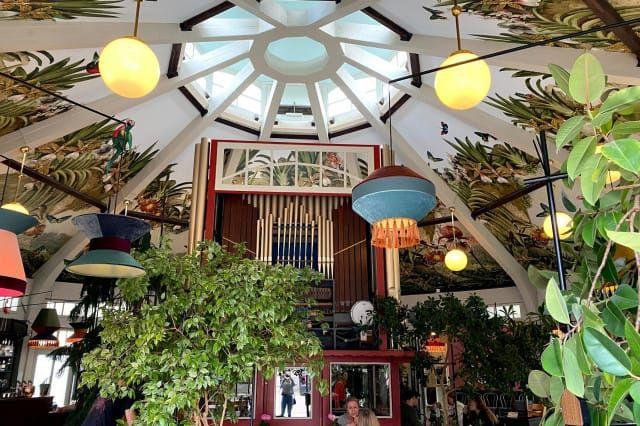 Das Café Ponykarussell im Wiener Prater (c) 1000things