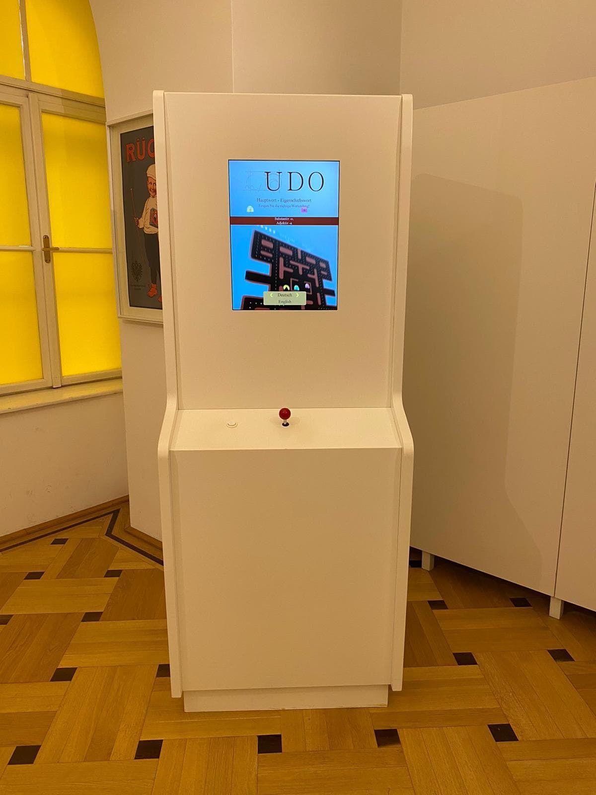 Esperantomuseum Pac-Man-Automat