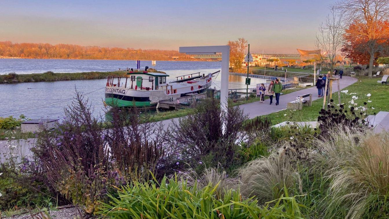 Donau Wasser Boot