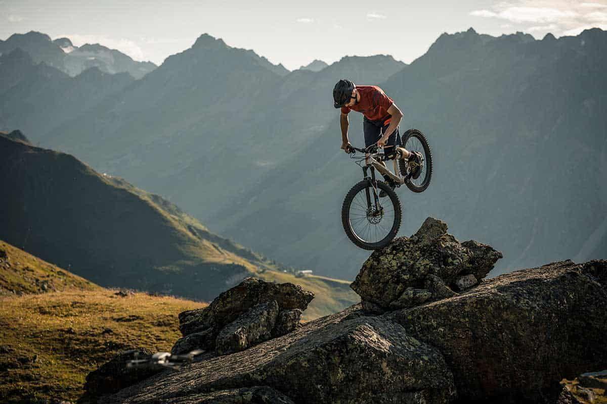 Adrenalin pur auf dem Bike in den Ischgler Bergen, Sponsored (c) TVB Paznaun-Ischgl