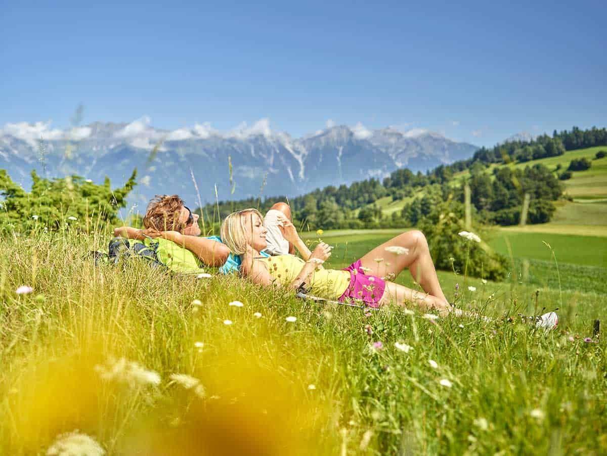 Genussmomente in Innsbruck, Sponsored (c) Innsbruck Tourismus | Christian Vorhofer | Sonnen in Patsch