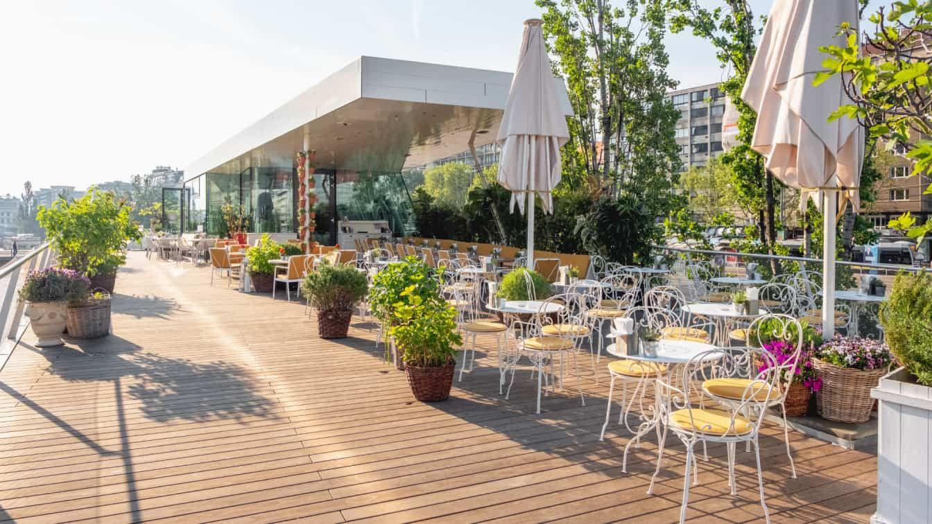 Motto am Fluss Wien Terrasse
