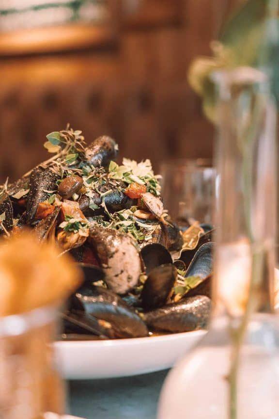 französisch-belgische Schmankerln in der Brasserie Petrus, Sponsored (c) Manuel Hahn | 1000things