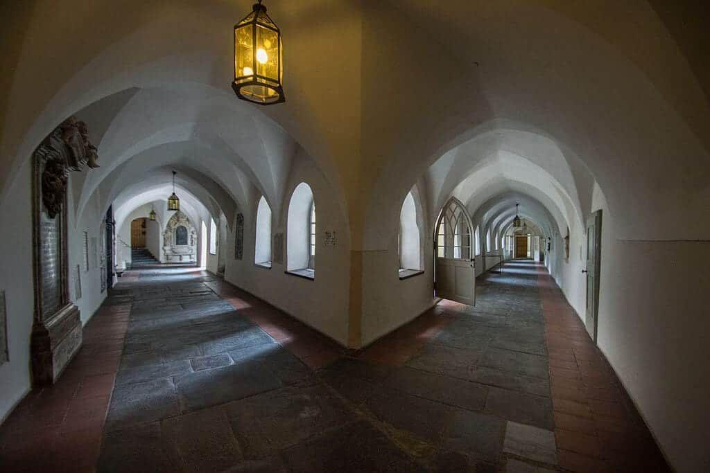 Franziskanerkloster_(6) (1)