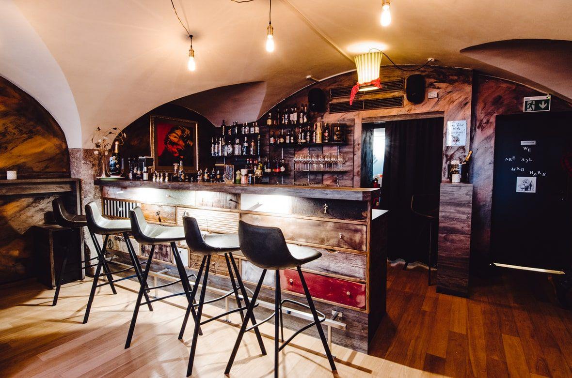 Theke Herbert's Bar