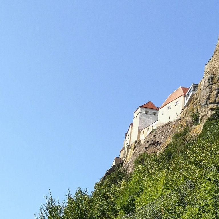 Riegersburg von unten gesehen