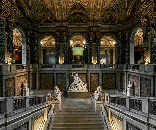 Kunsthistorisches_Museum_Wien,_Prunkstiege