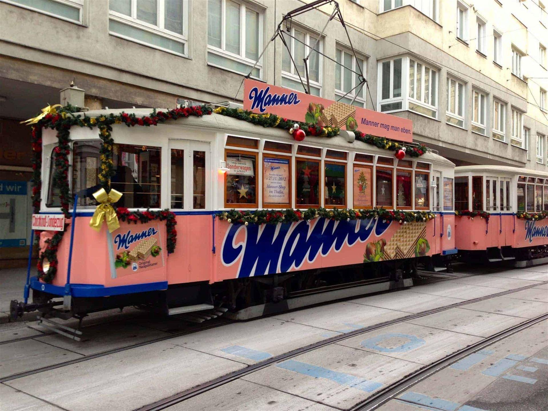 Manner_Tram_Vienna_-_2_(8257241555)