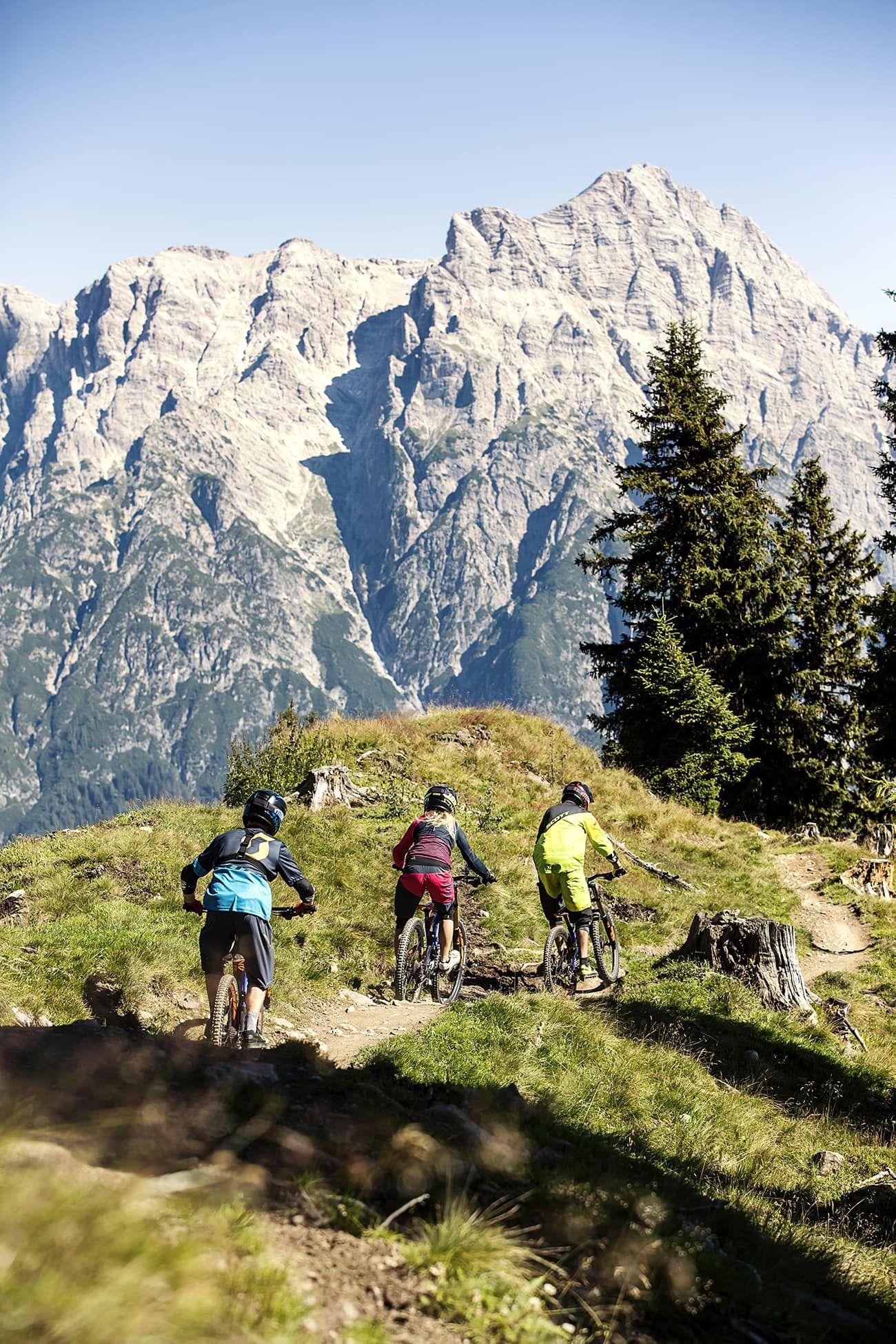 Actionreiche, sowie gemütliche Trails erwarten euch im Bikepark Leogang - (c) Saalfelden Leogang Touristik, Klemens König