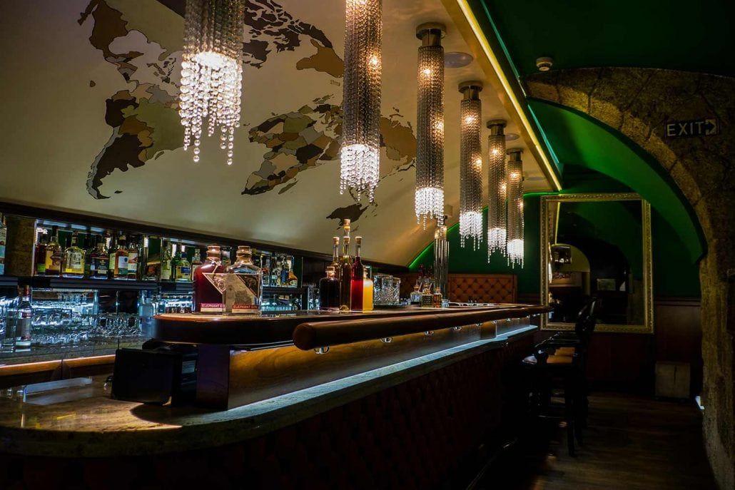 Totale Solimans Bar