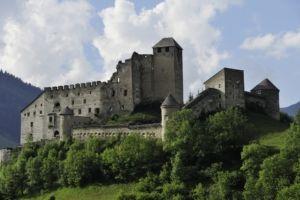 Die Burg Heinfels ist ein romantisches Ausflugsziel in Osttirol