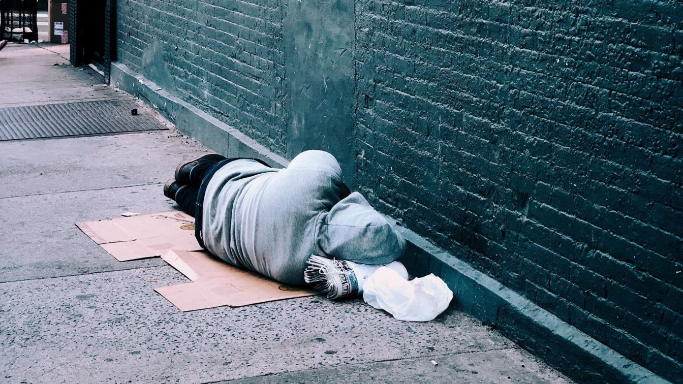 Obdachloser auf Straße