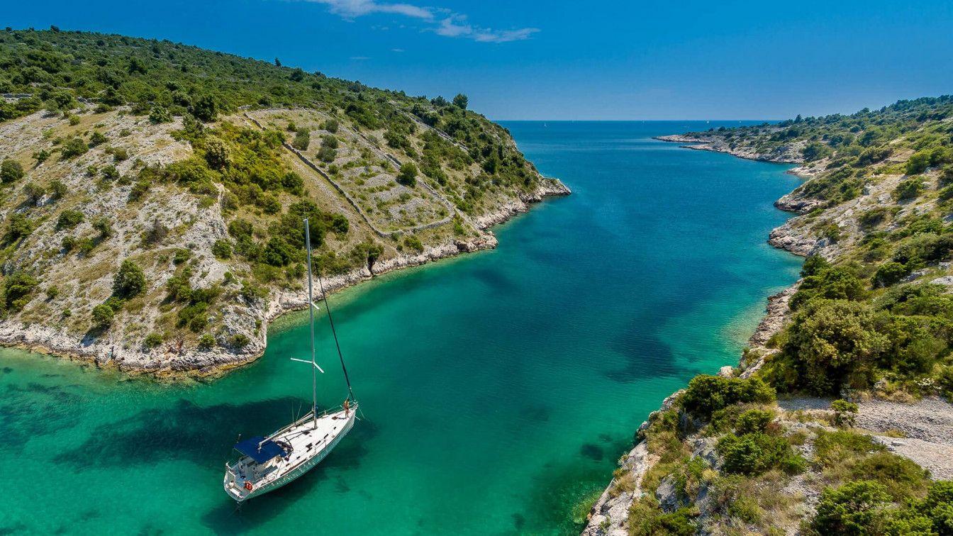 im kroatienurlaub lernt