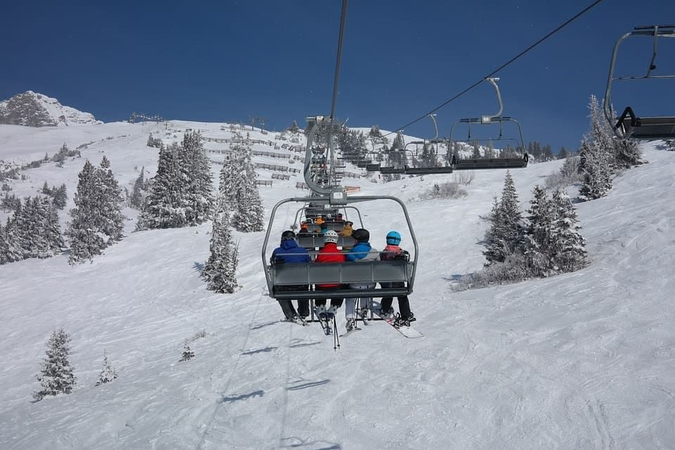 ski-lift-999226_960_720